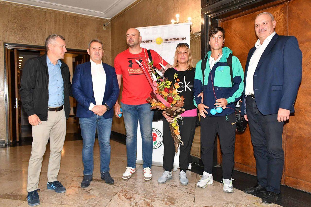 Тенис Адриан Андреев Летище (6)