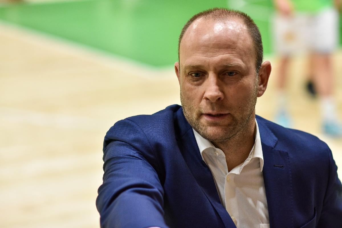 баскетбол - Тити Папазов