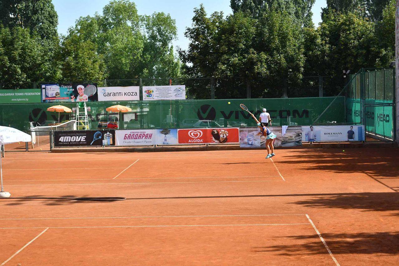 Международен-турнир-тенис-до-18-год.-ТК-Дема-24-1280x853.jpg