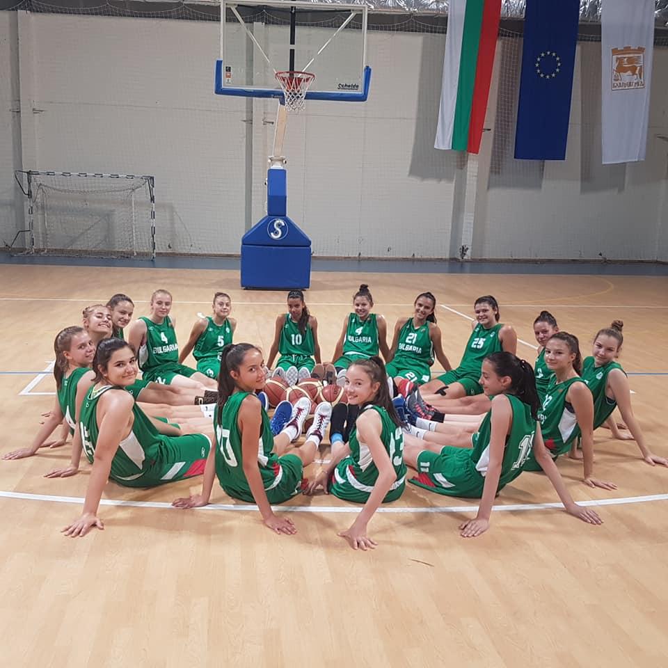 баскетбол-националки-до-14-години.jpg