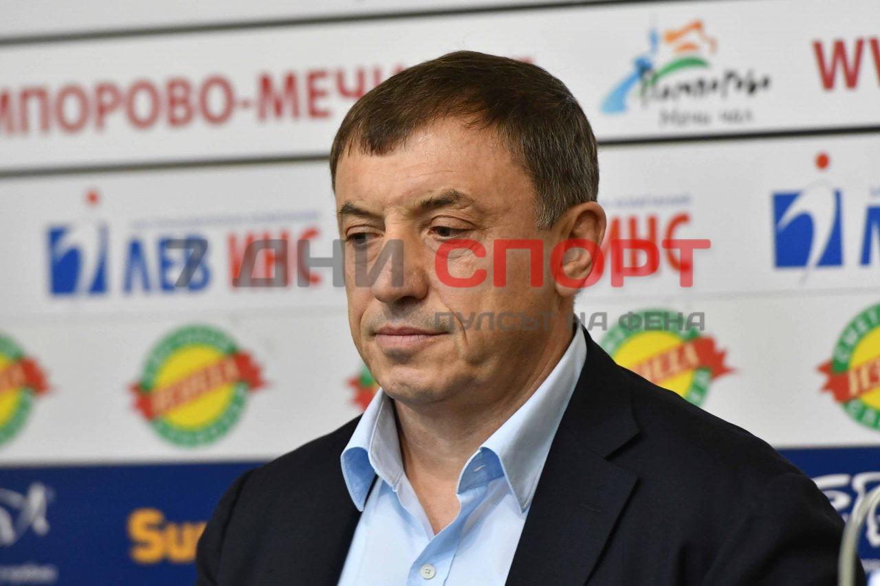 Алексей Петров карате2