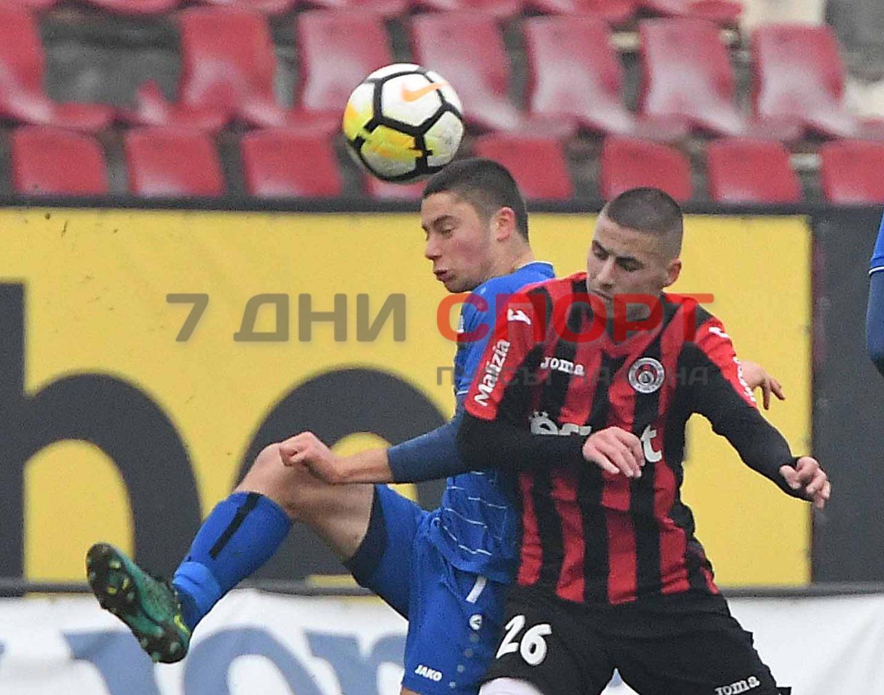 Локомотив София Монтана 12