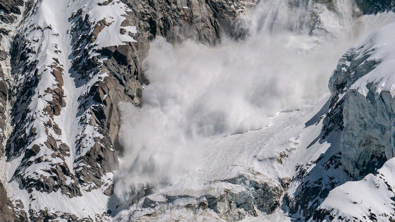 mountain-4254821_1280.jpg