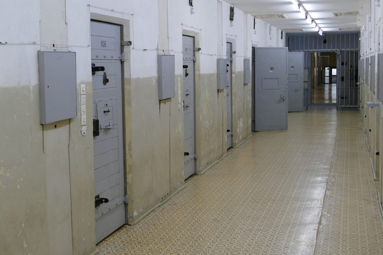 jail-4759937_1920-1280x853.jpg
